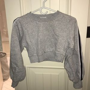 Grey Cropped hoodie with stripped sleeves - garage